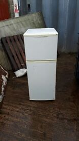 BEKO FRIDGE FREEZER IN PERFECT WORKING CONDITION VERY CLEAN