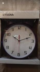 New Large purple clock
