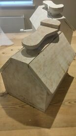 Beautiful hinged shoe box. Great for gardening, tools, etc. 3 available
