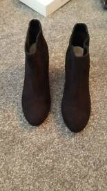 Ankle boot size 6