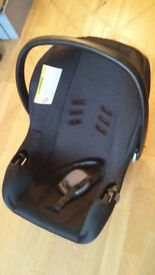 Baby Car seat/Carrier hardly used