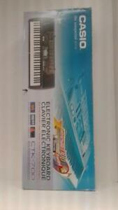 Casio CTK-700 Midi Keyboard (1) (#4324) (OR1010481) We Sell New and Used Instruments!