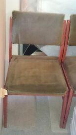 Cushioned Sprunged Chair (£5)