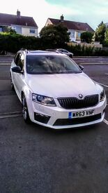 Skoda Octavia VRS TDI Manual, white, full panoramic sun roof.