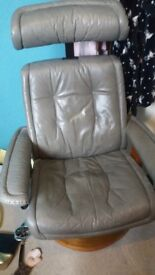 Stressless leather chair
