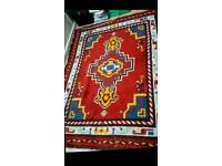 Beautifu, Hand madel Antique RUG %100 Wool