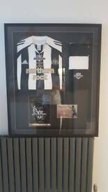 FRAMED ALAN SHEARER TESTIMONIAL SHIRT