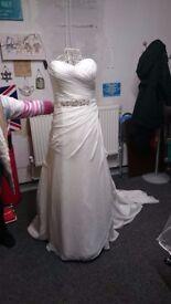 New Wedding Dress Size 18