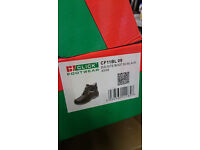 Click Footware Safety Boots BNIB size 9