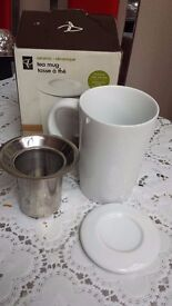 Tea Mug With Lid and Strainer