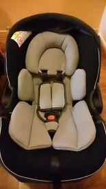 New Mamas&Papas car seat 0+