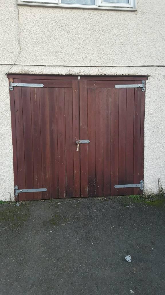 7 x sets wooden double garage doors | in Addlestone, Surrey | Gumtree
