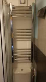 Plug in towel radiator