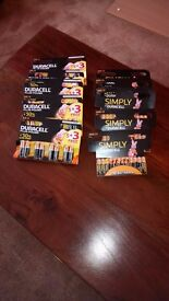 10 pack of DURACELL plus power AA and AAA power batteries, NEW, see photos & detail