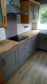 Kitchen ,Bathroom Fitter / Tiler / Plastering &Skiming