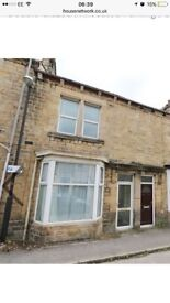 3 rooms to rent right across the road from royal Lancaster infirmary and close to transport links