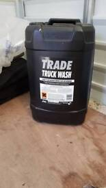 25Litres of cleaning fluid/degreaser