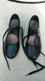 Bloch size 12 Tap shoes