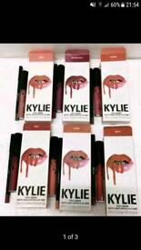 KYLIE MATT LIQUID LIPSTICK & Lip Liner