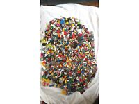 ASSORTED LEGO BRICKS UP TO 8kg £12/kg