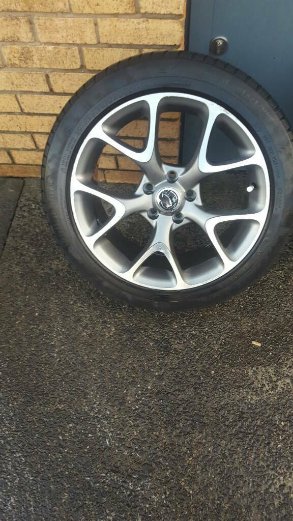 Vauxhall vxr alloys 5x115mm pcd 8j wide