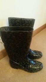 Ladies/Girls Wellington Boots Size 5 Brand new black/silver