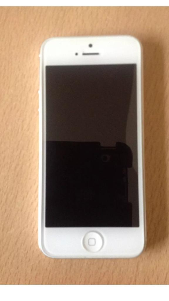 Iphone 5 16gb unlocked very good condition.