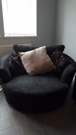Large black waffle fabric swivel chair