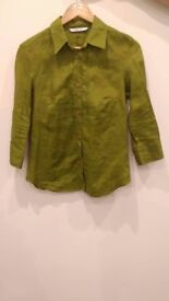 Zara's green blouse basic. Size M. In perfect condition because I never used it.