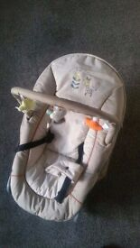 (((REDUCED))) HUACK BABY BOUNCER WITH DETACHABLE TOY BAR - ALMOST NEW