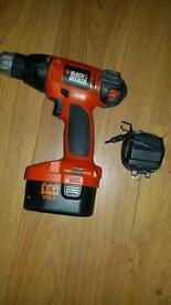 Black and decker drill 14.4v with battery and charger