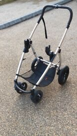 Phil and teds smart lux pram 3 in 1