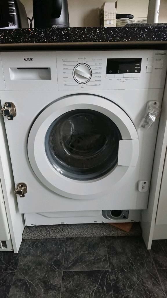 Intergrated washing machine 6 months old