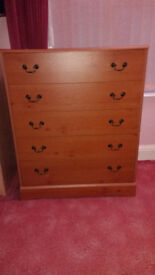 5 Drawer Chest of Drawers and 2 x 3 Drawer Matching Bedside Drawers