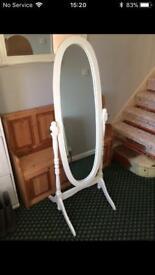 Shabby chic, freestanding tilt mirror