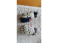 Grey Nicholls batting gloves
