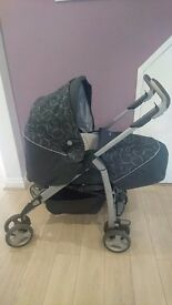 Silver Cross 3d pram/pushchair. Complete travel system with 2 car seats and isofix base.