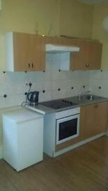 Bedsit to let. No fees