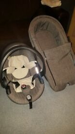 Stokke Xplory car seat and carrycot
