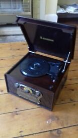 Steepletone Chichester II record player with radio and CD