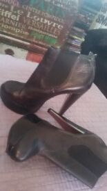 Brasilian leather black heels , very good condition only 3 pounds size 4 , or 37