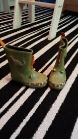 Boys dinosaur wellies size 5 brand new
