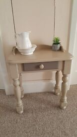 Solid pine chunky Hall table / Wash stand / Little desk, with 1 drawer