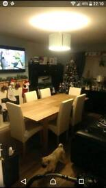 6 seater heart of the house dining table