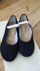 Katz RAD character ballet shoes size 13.5