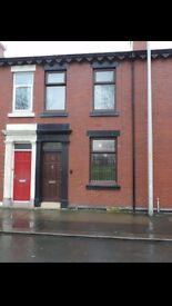 RECENTLY REFURBISHED : 2 BED HOUSE : NORTH SHORE