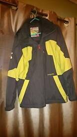 Quicksilver ski jacket size 14