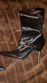 Heeled boots size 3