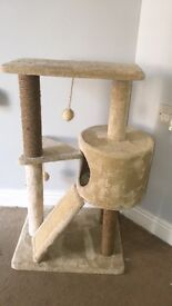 Cat tree/ climbing frame with scratch post