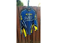 MOTOCROSS/QUAD TOPS VARIOUS SIZES COUPLE OF CHILD SIZES BARGAIN